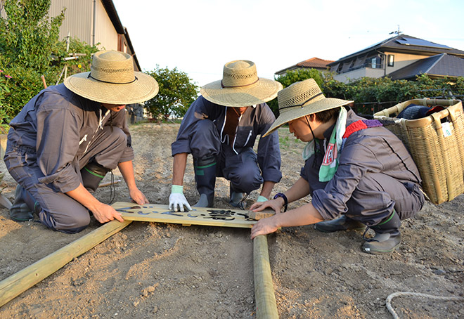 看板作り-ぐいぐい農園