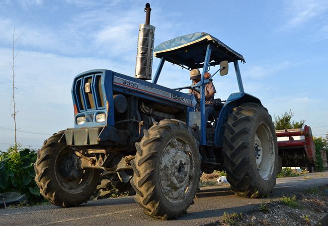 ぐいぐい農園-農業用トラクター